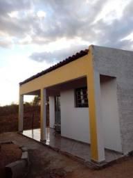 Vende-se casa na cidade de Serra branca