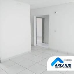 Apartamento no Conj. José Tenório (Reformado) - 42m², 2º Andar, 2/4, Sala, WC - Serraria