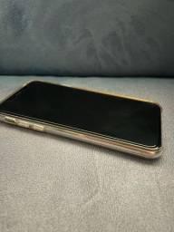 iPhone X 64g sem detalhes
