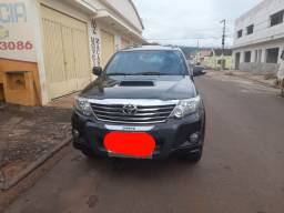 Hilux sw4 2014
