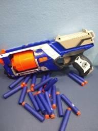Vendo pistola nerf com 22 balas