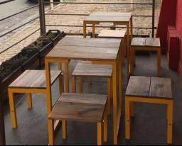 Mesa (com ou sem bancos)