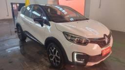 Renault Captur 2020 com chave presencial e pouco rodada
