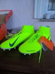 Chuteira Nike Phantom (Original)