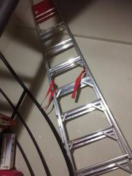 Escada 8 degraus semi nova