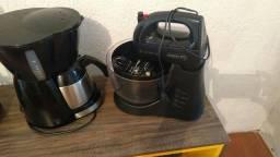Cafeteira inox e batedeira