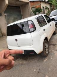 Fiat Uno 2018/19 impecável