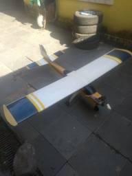 Aeromodelo treinador motor 61
