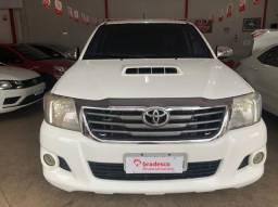 Toyota- Hilux Srv 3.0 2012/2013