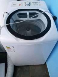 Máquina de lavar Brastemp 12kgs ative funciona perfeitamente apenas 1 ano de uso !