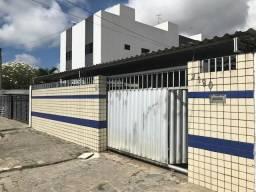 Casa em excelente rua no bairro do Cristo com 3 quartos e piscina