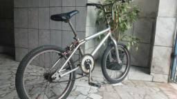 BMX só pegar e andar