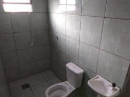 Casa com 4 Quitinetes no Tiradentes de R$ 400,00, R$ 500,00 e R$ 550,00o ou vendo