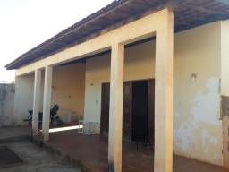 Aluga-se Casa na Vila Rica