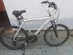 Bicicleta quadro de alumínio aro 26