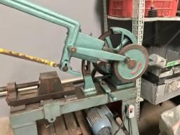 Máquina para corte