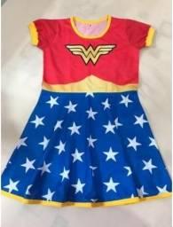Vestido infantil Mulher Maravilha TAM P