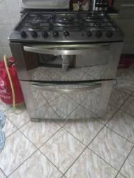 Geladeira e fogão