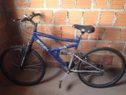 Vendo uma bicicleta em boas condições de uso interessados entrar em contato (94)992087269
