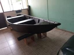 Vendo bote artesanal ( aceito troca por motor) LEIA o anúncio!
