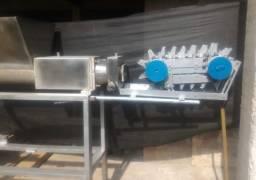 Máquina Extrusora Massa Sabonte com cortador automático