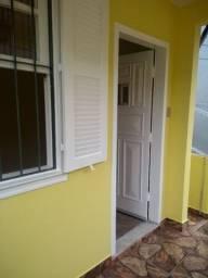 Vendo Casa com dois Quartos no Centro de Petrópolis