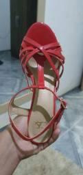 Sandálias bem conservadas