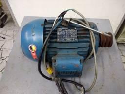 Motor elétrico trifásico 4 Hp  1720 rpm