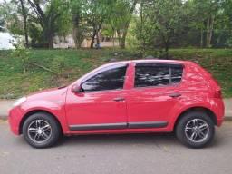 Renault Sandeiro Expression 1.0 16v flex vermelho 2011