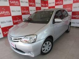 Toyota Etios hatch 1.5 xs, super conservado. Confira!!