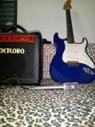 Guitarra Condor Stratocaster Rx 20s + Bag e Amplificador Cubo Meteoro Demolidor Fwb-20
