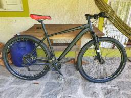 Bicicleta aro 29 reformada Shimano freio a disco. Nada a fazer