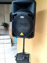 Caixa de Som potente(mesinha de som e pedestal incluso)