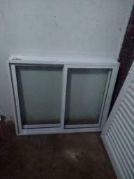 Vendo essa porta e janela em alumínio