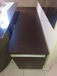 Vendo 2 bancos juntos de madeira usado.
