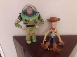 Buzz Lighter e Woody