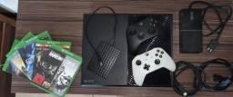 Xbox One Fat 500GB + HD 2TB + 5 Jogos (Usado)