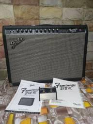 Amplificador Fender Frontman 212R + footswitch