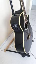 Vendo um  violão  TAGIMA