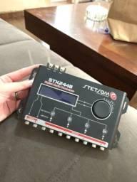 Processador de Áudio Digital Automotivo STX2448
