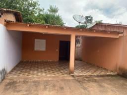 Casa na Estrada 1 (próximo ao colégio Waldemar Maués)