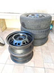 5 rodas de ferro 13 (4×100) sem pneus  R$ 195,00