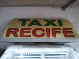 Letreiro de táxi antigo