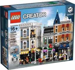 Lego Creator Expert Assembly Square 10255 (largo da assembleia)