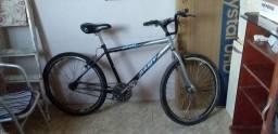 Bicicleta com peças novas