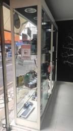Vendo vitrine de loja