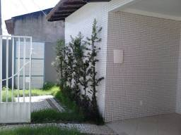 Condomínio Jardim Amazinia II  2/4 sendo 1 suíte.