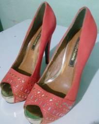 Sapato alto laranja 37