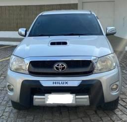 Financiamento com taxas a partir de 0,48%, Hilux SRV 4x4 a Diesel 2010 Automática