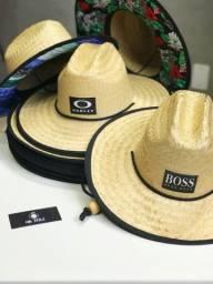 Vendo chapéus de palha